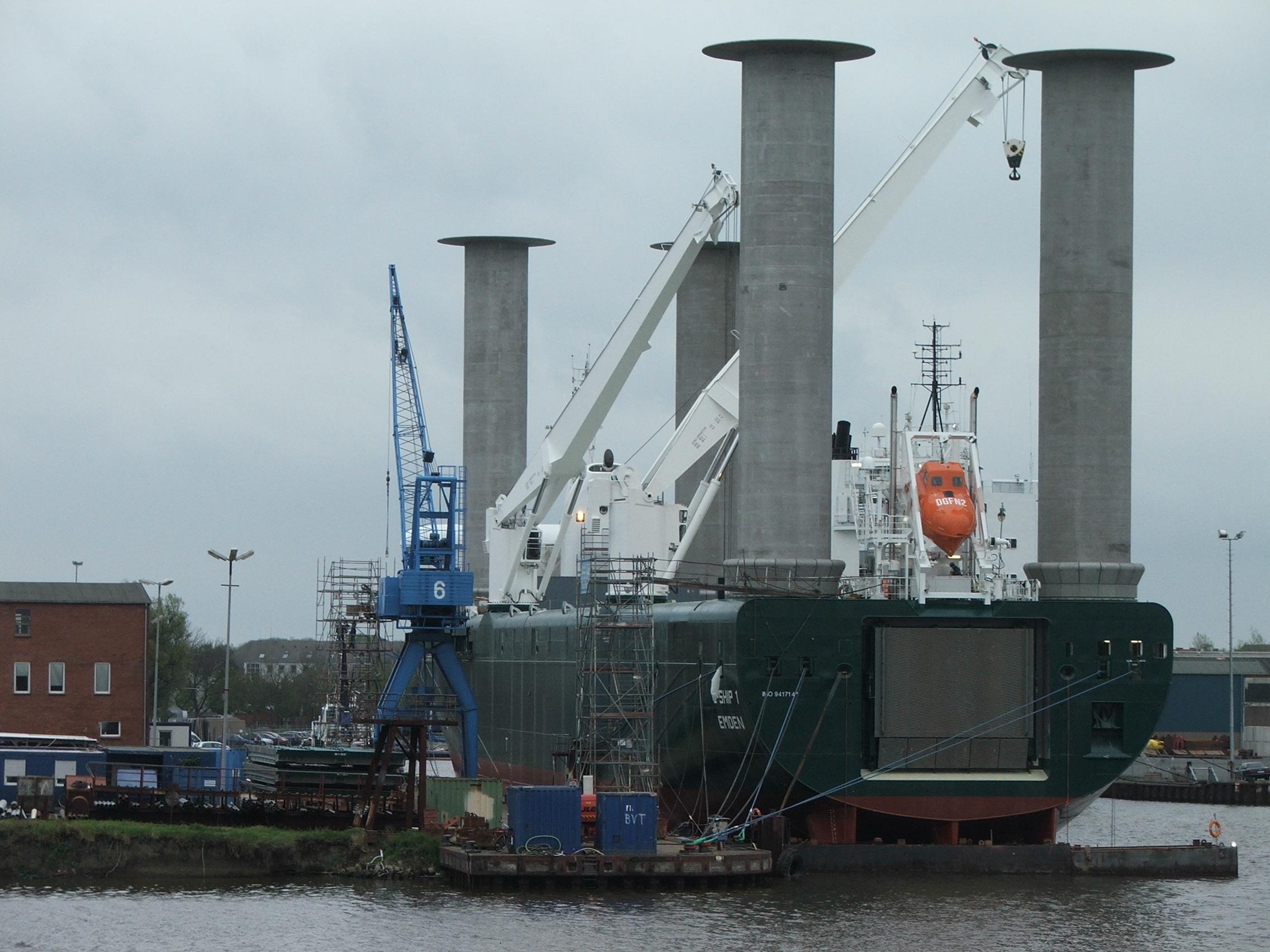 E-Ship_1_achtern