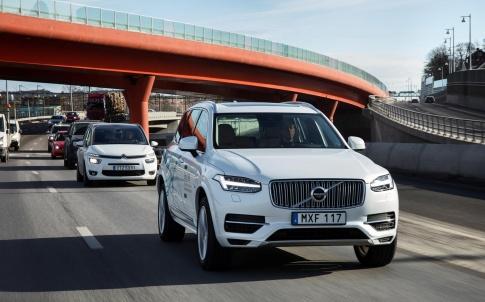 Volvo XC90 Drive Me test vehicle (Credit: Volvo)