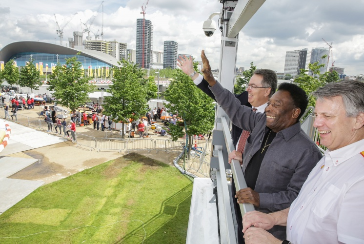 Royal Dutch Shell CEO Ben van Beurden, foreground, international soccer legend, Pelé, center, and Shell UK chairman, Erik Bonino, back, during day two of Make the Future London 2016 at Queen Elizabeth Olympic Park, Thursday, June 30, 2016 in London, UK. (Jeff Moore for Shell)