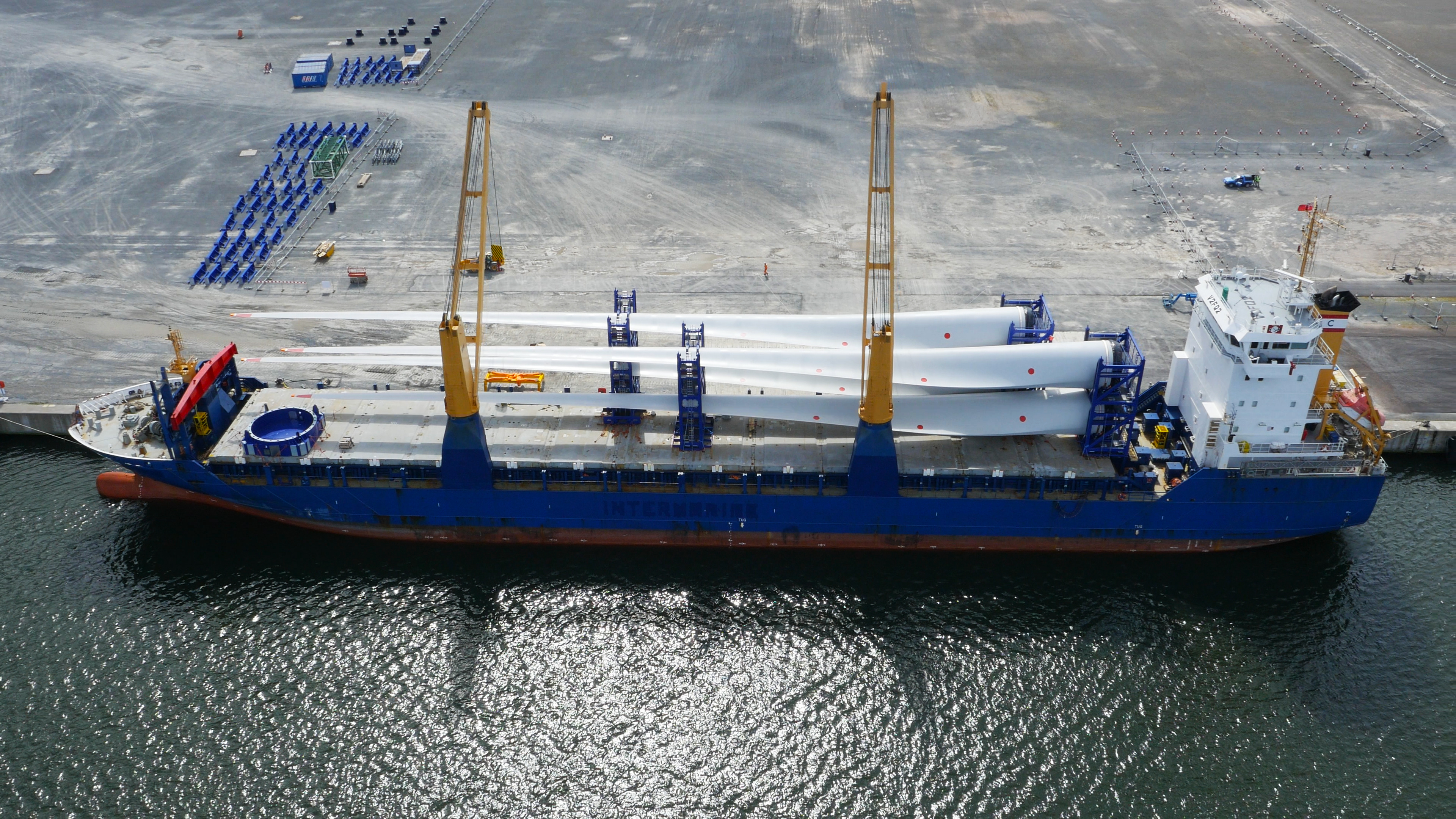Giant Blades Arrive In Belfast For World S Most Powerful