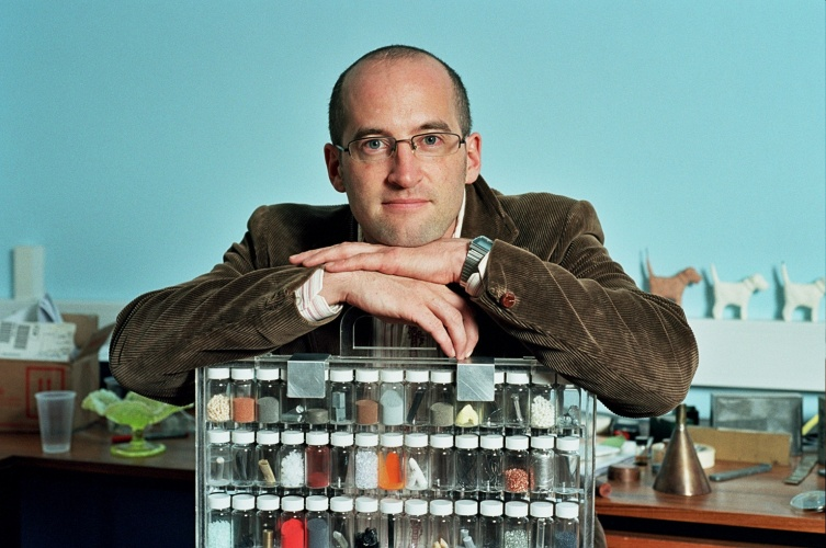 UCL materials science professor Mark Miodownik is a frequent presenter of engineering-based television programmes and an award-winning author
