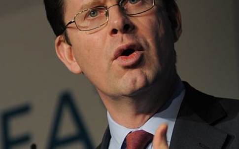 400px-greg_clark_at_the_cbi_climate_change_summit_2008_cropped