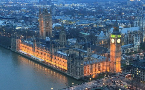 800px-palace_of_westminster_night