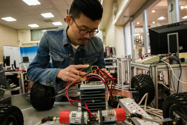leeds-uni-robotics-lab-4a