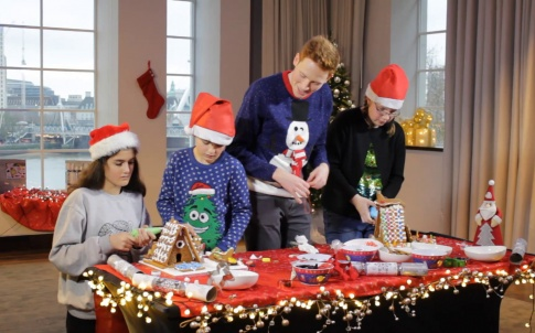 iet-andrew-smyth-engineering-a-gingerbread-house