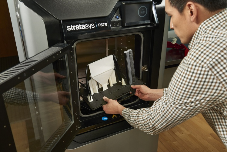 Stratasys_F123 Series_Removing a part