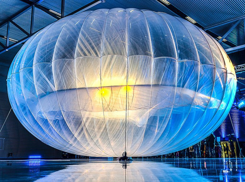 Alphabet's Internet balloons will try to restore cell service in Puerto Rico