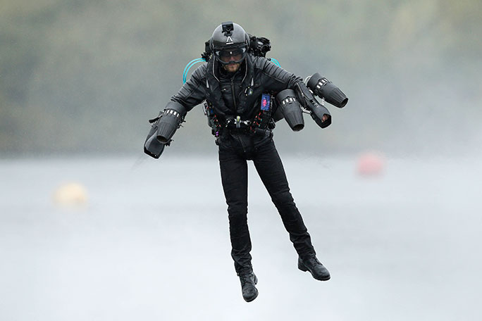 Richard Browning sets world record in jet engine 'Iron Man' suit