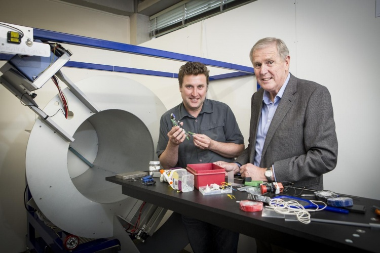Father and son develop world-first scanner using CERN tech