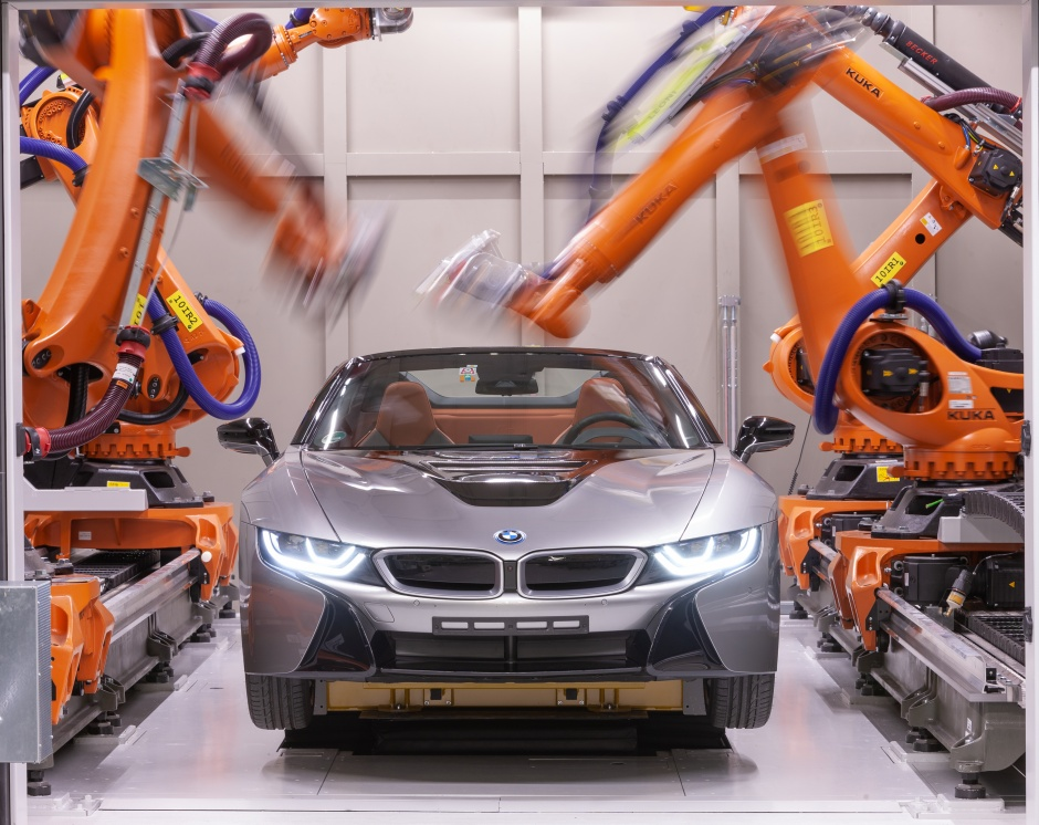 BMW engineers use robotic CT scanning system for car development The