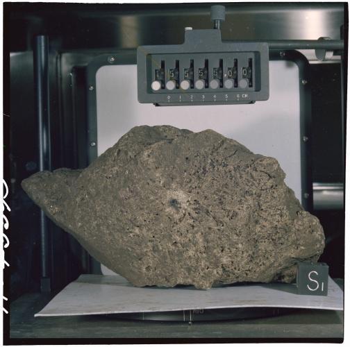 apollo moon rocks