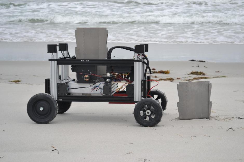 Romu robot piles into construction tasks