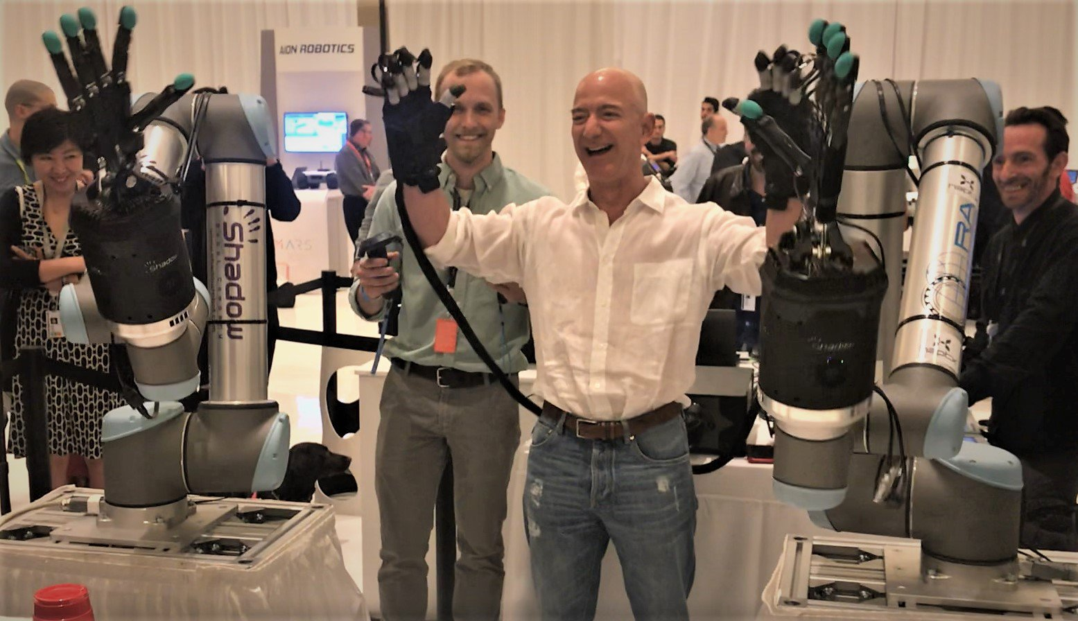 Jeff Bezos gets hands-on with haptic telerobotics