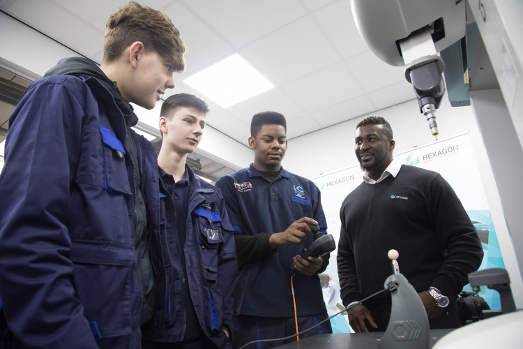 Apprenticeship could bring net gain of £100k, claims report