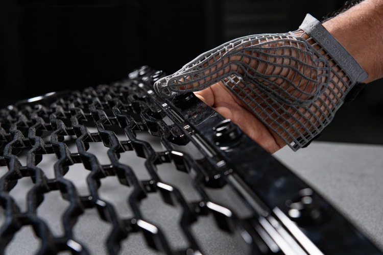 3D printed protective glove