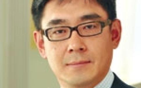 Peter Huang, Skadden