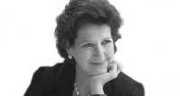 Helen Ward, Manches