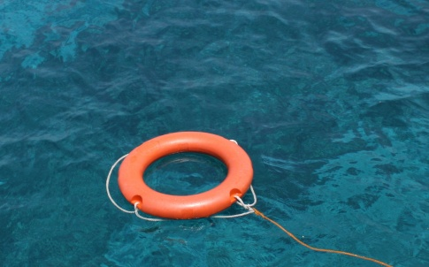 Life belt, ring, save, rescue, sea, ocean