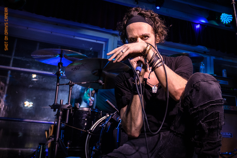 Picture of MGT in concert with San Francisco music photography by Dany Pagani