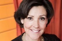 Lottie Knutsson, före detta informationsdirektör Fritidsresor och författare.