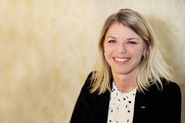 Sara Johansson utnämndes till Ung chef 2015 vid Chefgalan 2015. Foto: Johan Lygrell.