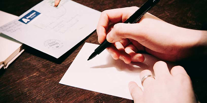 brev-pressmeddelande-metoder-kommunicera