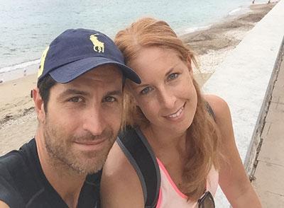 Sofia tillsammans med maken Servar på Mallorca sommaren 2015.