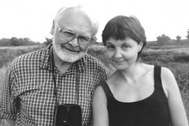 """Helga med sin pappa. """"Vi delade samtal, promenader och ofta tyst samvaro många gånger på det Bornholm som vi älskar så mycket."""""""