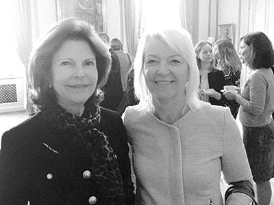 """""""Drottning Silvia är oerhört kunnig och engagerad i barn- och ungdomsfrågor. Hon missar inte ett styrelsemöte."""""""