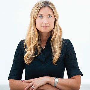 Vings aktiva sociala medier-arbete ledde fram till ett samarbete kring en rekrytering via Linkedin, berättar Sara Hammarberg.
