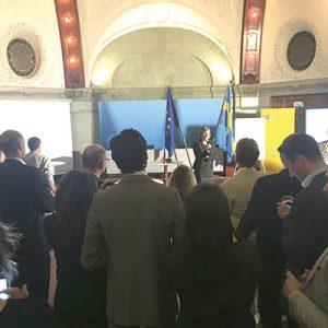 """Just nu: """"I somras tjänstgjorde jag på UD. Andra dagen på jobbet valdes Sverige in i FN:s säkerhetsråd. Här Isabella Lövin, minister för internationellt utvecklingsarbete och klimat."""""""