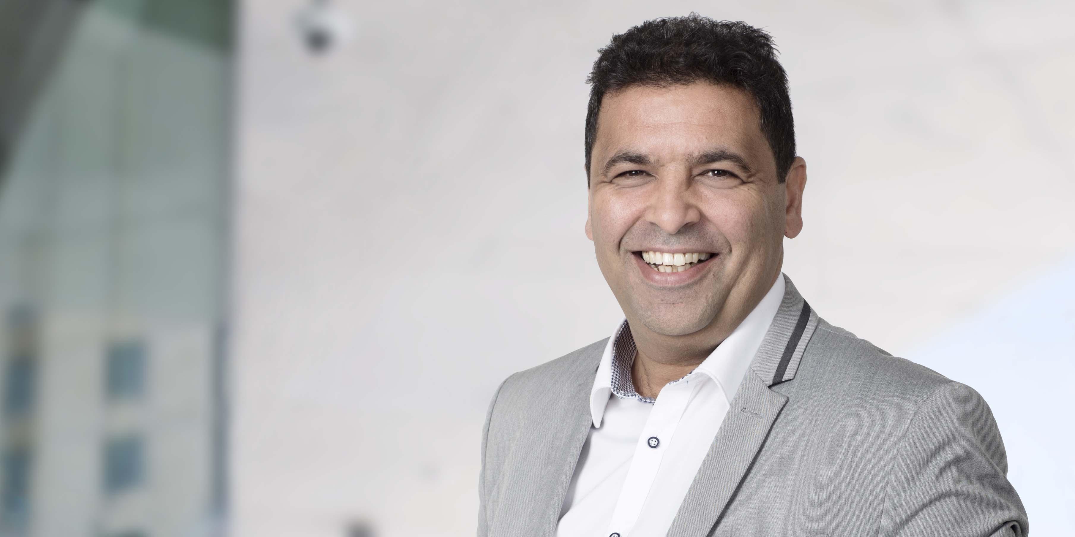 """""""Du måste involvera folk, hitta samarbeten och förbereda organisationen mentalt"""", säger Securitas innovationschef Yacir Chelbat Persson och listar förutsättningarna för att lyckas som innovationsledare."""