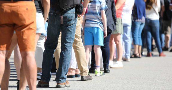 Atendimento prioritário: quem tem prioridade nas filas?