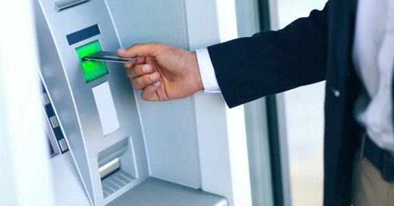 Não se veja grego com as caixas Multibanco