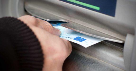 Como levantar dinheiro com cartão de crédito?