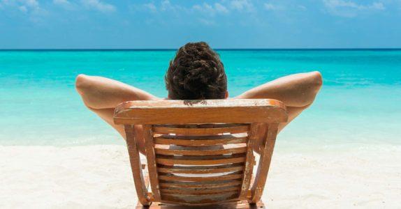 4 Produtos financeiros para um verão descansado