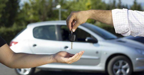 4 Fatores a não descurar ao comprar carros usados