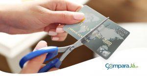 4 Situações em que deverá cancelar o cartão de crédito