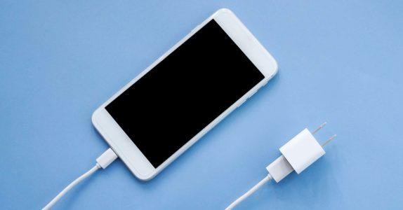 12 Dicas para poupar bateria no telemóvel