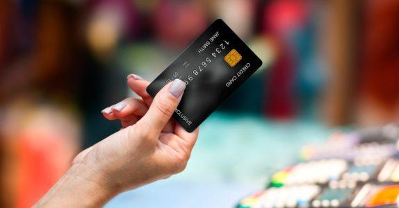 O que acontece se exceder o limite do cartão de crédito?