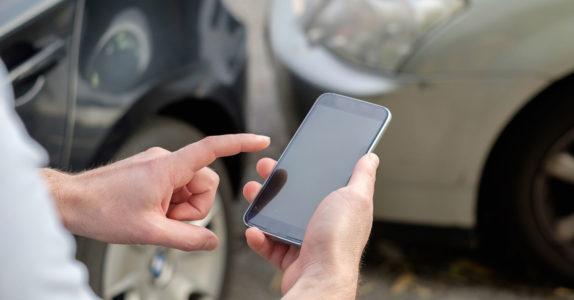 O que fazer em caso de acidente de viação?