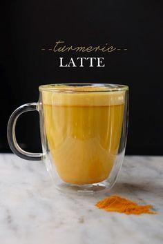 """Starbucks'tan Zerdeçallı """"Altın Latte"""""""