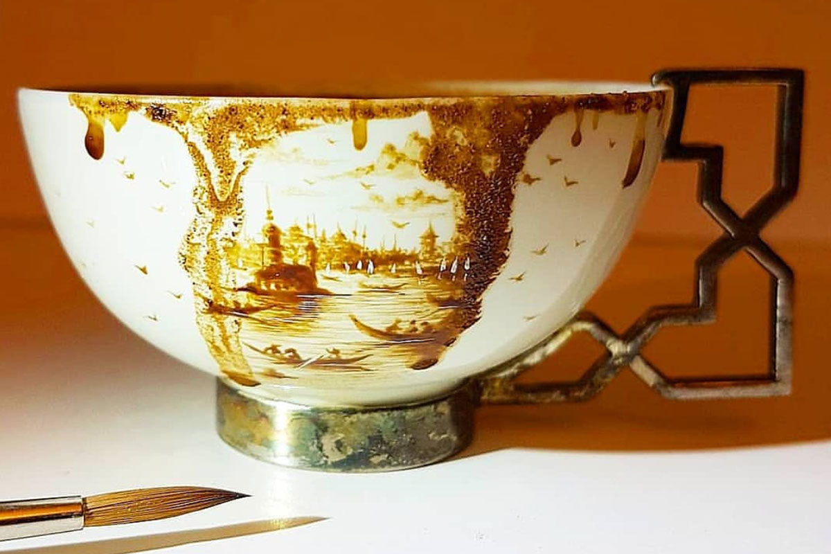 ABD'deki Türk Kahvesi Evi Mikro Sanatın Dehasını Ağırlıyor