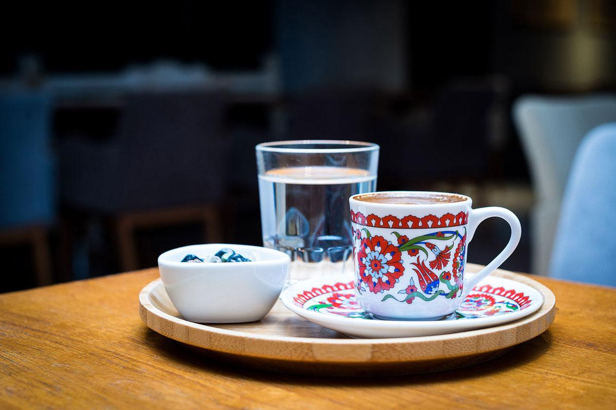 4 Maddede, Türk Kahvesi Nasıl İçilmeli?