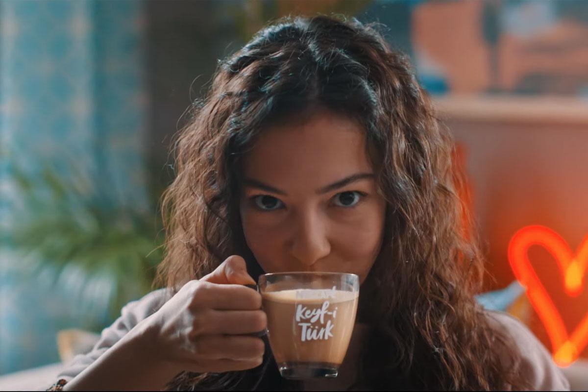 Nescafe'den Türk Kahvesinin Süt İle Harmanı; Keyf-i Türk