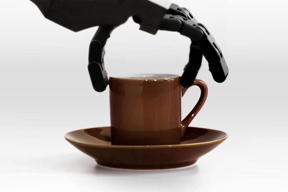 Kahvenizi Bu İlkel Robot Hazırlasın, Olmaz Mı?