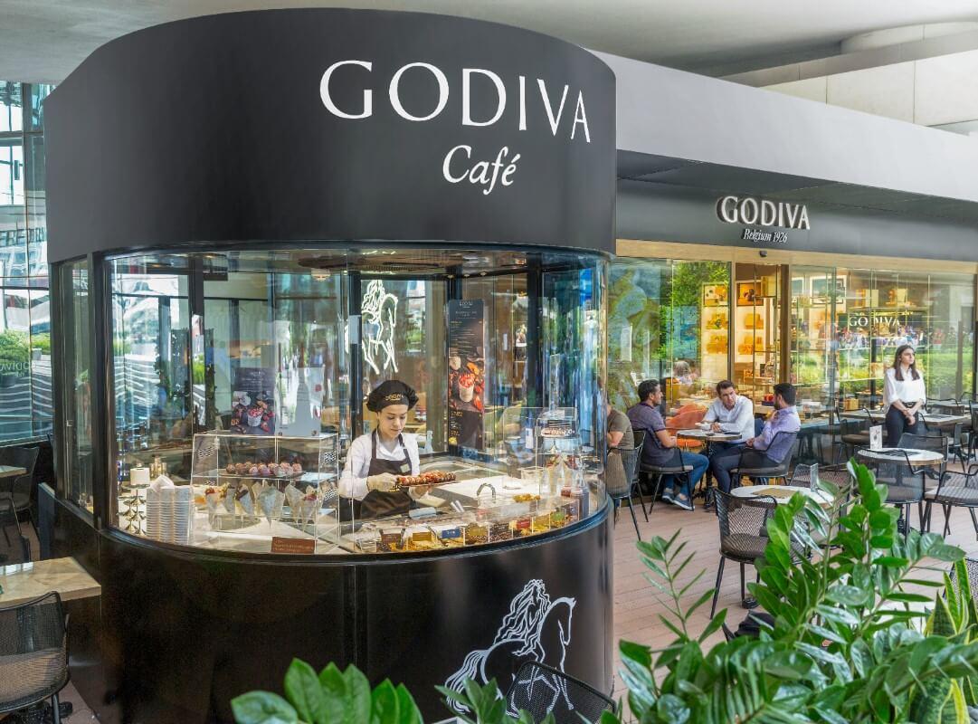 Godiva Café Zorlu Center'da Yenilenen Konseptiyle