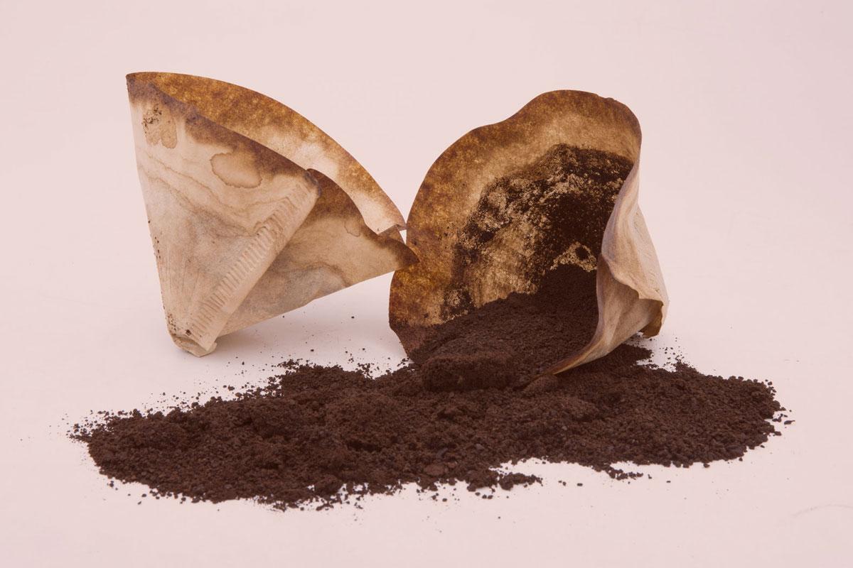 Kahve Kalıntıları İçin 15 Kurnaz ve Yararlı Yöntem
