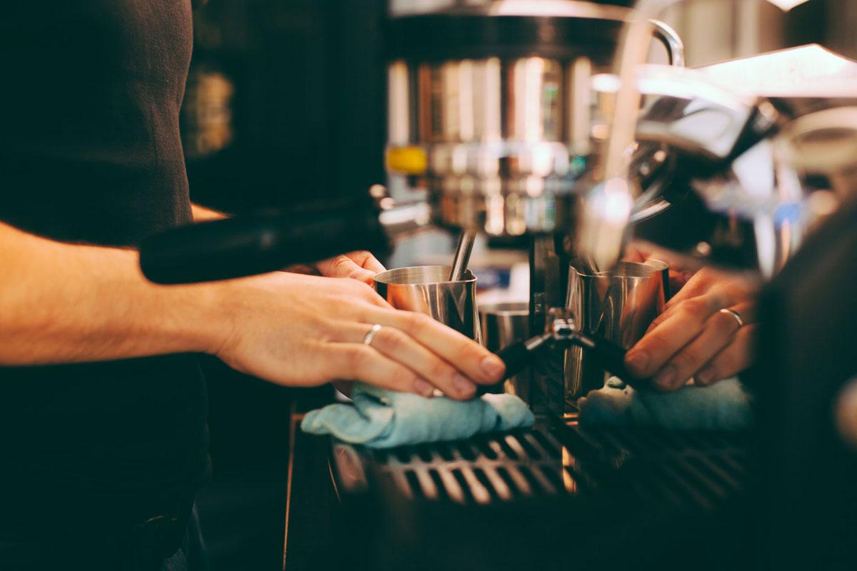 Kahve Makinelerinizi Temizlemeyi İhmal Etmeyin