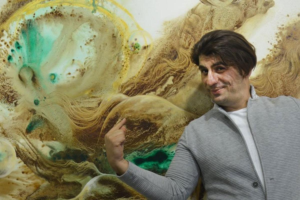 'Kahvenin Büyüsü' Sergisinde İranlı Sanatçının Kahve ile Yaptığı Resimleri İnceleyebilirsiniz